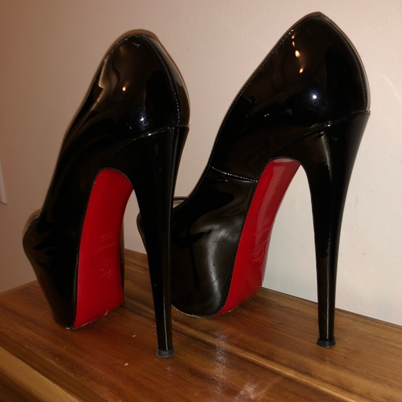 a4de84c10f93 Christian Louboutin Shoes